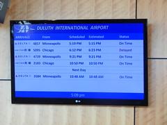 DSCN9120 (mestes76) Tags: 070418 duluth minnesota airports duluthinternationalairport screens arrivals flights