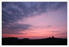 auf der Schwarte (Norbert Kaiser) Tags: sachsen saxony erzgebirge krušnéhory oremountains abendlicht abend abendrot schwartenberg himmel sky sunset sonnenuntergang natur nature landschaft landscape wolken clouds