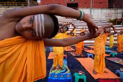 Exercise (SaumalyaGhosh.com) Tags: exercise morning people kids yoga practice india benaras varanasi color colors street streetphotography fuji fujifilm xt2