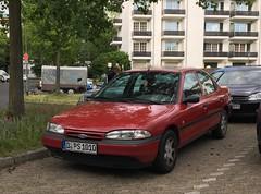 Ford Mondeo MK1 (peterolthof) Tags: peterolthof dusseldorf