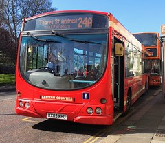 First Norwich 66985 is loading up on Castle Meadow while on route 24a to Thorpe St Andrew. - KX05 MHO - 1st April 2019 (Aaron Rhys Knight) Tags: firsteasterncounties firstnorwich 66985 kx05mho 2019 castlemeadow norwich norfolk first volvob7rle wrighteclipseurban