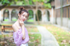 IMG_9568L (攝影玩家-明晏) Tags: 人 人像 戶外 女生 女孩 pretty taiwan taipeicanon portrait outdoor girl woman 台灣大學 素人 外拍