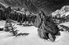 The Maroon Bells (HarrySchue) Tags: lake mountains landscape hiking rockymountains maroonbells trees mountain snow nature blackwhite aspen nationalparks monchrome snowcappedpeaks snowcoveredpeaks