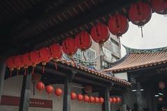 P5050124_LR (enno7898) Tags: olympus penf mzuiko 17mm f18 temple lantern