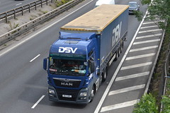 DSV MAN 3049 DG17NPE - M60, Stockport (dwb transport photos) Tags: dsv man truck hgv 3049 dg17npe m60 stockport