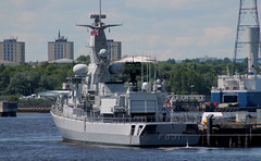 Royal Belgian Navy: F931 LOUISE-MARIE North Shields (emdjt42) Tags: f931 louisemarie willemvanderzaan frigate northshields rivertyne