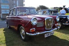 Wolseley 16/60 FGP144J (Andrew 2.8i) Tags: classics meet show cars car classic weston westonsupermare british bmc saloon sedan austincambridge a50 a55 a60 morrisoxford 1660 wolseley