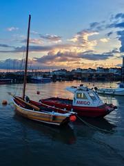 Buenas noches Amigo (DavidHowarthAgain) Tags: bridlington yorkshire coast summer june 2019 harbour boats sunset