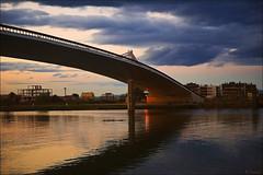 Lo passador. -Río Ebro- (antoniocamero21) Tags: foto color sony puente río construcciones reflejos agua cielo nubes atardecer passador lo deltebre ebro caudal tarragona catalunya e toma