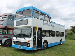 R738 XRV - Diamond Coaches (quicksilver coaches) Tags: volvo olympian northerncounties palatine opentop diamondcoaches knuston rushden r738xrv stockwoodpark luton