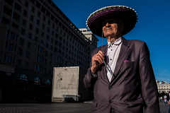 Sombrero Retro (Ktoine) Tags: hat grandpa street candid moscow russia shadow sky blue old style stylish swag
