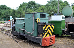 LBR 17 & 28 (R~P~M) Tags: train railway diesel petrol locomotive narrowgauge ruston motorrail simplex stonehengeworks leightonbuzzardrailway beds bedfordshire england uk unitedkingdom greatbritain
