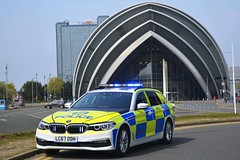 LC67 ODH (S11 AUN) Tags: police scotland bmw 530d auto xdrive estate touring anpr video traffic car rpu trpg trunkroadspatrolgroup roads policing unit 999 emergency vehicle glasgow ggdivision lc67odh