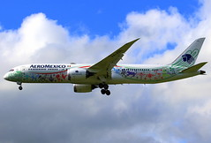 "Aeromexico Boeing 787-9 Dreamliner ""Quetzalcoatl"" XA-ADL (Manuel Negrerie) Tags: aeromexico boeing 7879 dreamliner quetzalcoatl xaadl design avgeeks mexico graphic aviation jetliner airliner plane aircraft livery mythology flying spotting clouds technology snake god canon cdg"