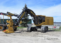 Tigercat X870D Feller Buncher (Gerald (Wayne) Prout) Tags: tigercatx870dfellerbuncher tigercat x870d fellerbuncher wajaxindustrialcomponents riversidedrive mountjoytownship cityoftimmins northeasternontario canada prout geraldwayneprout canon canonpowershotsx60hs powershot sx60 hs digital camera photographed photography equipment vehicle forestry logging feller buncher wajax industrial components riverside drive city timmins mountjoy township northernontario northern northeastern