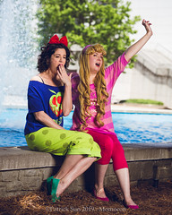 SP_98942 (Patcave) Tags: momocon momocon2019 2019 convention cosplay costumes cosplayers portrait shoot shot canon 5d3 sigma 85mm art f14 lens patcave atlanta georgia world congress center outdoors hot humid aurora ralph breaks internet sleepover disney princess blonde headband fuscia animation movie animated snow white poison apple blue red bow
