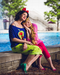 SP_98938 (Patcave) Tags: momocon momocon2019 2019 convention cosplay costumes cosplayers portrait shoot shot canon 5d3 sigma 85mm art f14 lens patcave atlanta georgia world congress center outdoors hot humid aurora ralph breaks internet sleepover disney princess blonde headband fuscia animation movie animated snow white poison apple blue red bow
