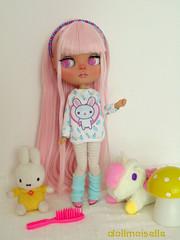My new doll custom!! Let me introduce Pammie <3 (Dollmoiselle) Tags: blythe doll custom customized factory cute kawaii miffy little twin stars