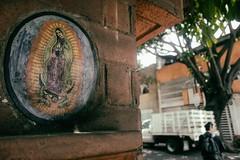 EL REINO DE LA VIRGEN (La Chachalaca Fotografía) Tags: virgin virgen guadalupe ourlady méxico cdmx mexicocity streets calle canong1xmarkiii