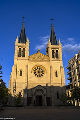 Presbytère Saint Louis Saint Blaise, Paroisse Notre-Dame des Sources de Vichy (Red Cathedral [FB theRealRedCathedral ]) Tags: a7iii ilce7iii markiii sonya7markiii sony alpha mirrorless fullframe a7 a7mark3 alphaa7iii redcathedral aztektv wwwredcathedralart streetphotography contemporaryart streetart urbanart hiking digitalnomad travel travellingphotographer wanderlust alittlebitofcommonsenseisagoodthing vichy allier france auvergne church catholic tower architecture