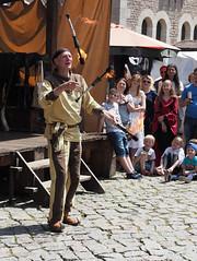 havin' fun (1elf12) Tags: jongleur braunschweig germany deutschland pfingsten 2019 mittelaltermarkt medieval market