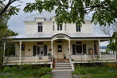 maison du maire viateur bernier (maintenant boulangerie) (2) (Boriton42) Tags: cormoran