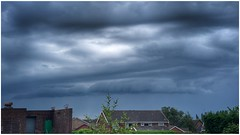 brewing (Andy Stones) Tags: clouds cloud cloudscape storm sky skywatching weather weatherwatch nature naturephotography naturelovers natureseekers scunthorpe lincolnshire northlincolnshire nlincs image imagecapture imageof photography photoof