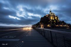 Nuit sur le Mont St Michel (mariepauletellier) Tags: merveille baie normandie nuit