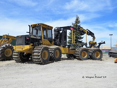 Tigercat 1085C HD 25-Tonne Log Forwarder (Gerald (Wayne) Prout) Tags: tigercat1085chd25tonnelogforwarder tigercat 1085c hd 25tonne log forwarder wajaxindustrialcomponents riversidedrive mountjoytownship cityoftimmins northeasternontario canada prout geraldwayneprout canon canonpowershotsx60hs powershot sx60 hs digital camera photographed photography equipment vehicle forestry logging wajax industrial components riverside drive city timmins mountjoy township northernontario northern northeastern