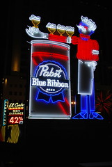 Pabst Blue Ribbon neon sign. (63vwdriver) Tags: pbr pabst blue ribbon neon sign vintage las vegas nv nevada fremont east night shot