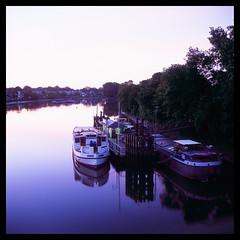 Brentford Morning (Jamie Langford) Tags: rolleiflex velvia50 120film london brentford thames motorway boats