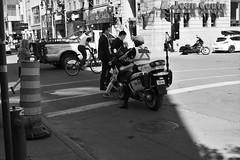 P6100039 (jlborja66) Tags: jaimeborja streetphotography montreal olympus olympuscamera em10mkii mzuiko25mmf18