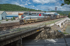 NS 776 @ Johnstown, PA (Darryl Rule's Photography) Tags: amtrak cpl cpls dpu eastbound freight freightcar freighttrain freighttrains helpers heritage heritageunit heritageunits intermodal johnstown lilly litepower mixedfreight monongahela ns norfolksouthern pa pc prr passenger passengertrain passengertrains penncentral pennsy pennsylvania pennsylvaniarailroad portage positionsignals railroad railroads signal signalbridge signals summerhill train trains westbound
