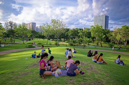 This is my favorite park in Saigon where I feel quite removed from the hustle and bustle of the city.