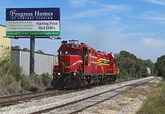 57 + 55, Bartow FL, 1 March 2019 (Mr Joseph Bloggs) Tags: florida midland railroad bahn zug train treno freight cargo merci railway winter haven bartow airport emd electro motive division gp7 55 57 usa united states america central fmid fcen