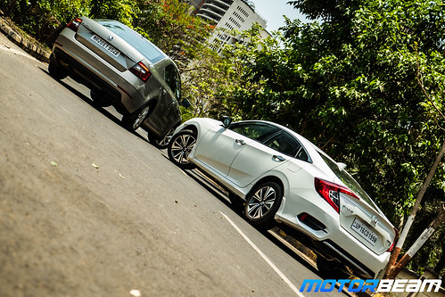 Honda-Civic-vs-Skoda-Octavia-10