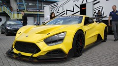 IMG_8021 (Uno100) Tags: zenvo tsr s 1 geel yellow gelb danish sports car super sunday 2019 hyper tt assen netherlands circuit race spoiler spotting mega dashboard 1200 hp back front
