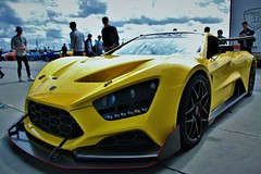 (Uno100) Tags: zenvo tsr s 1 geel yellow gelb danish sports car super sunday 2019 hyper tt assen netherlands circuit race spoiler spotting mega dashboard 1200 hp back front