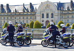 "bootsservice 19 2020906 (bootsservice) Tags: police ""police nationale"" policier policiers policeman policemen officier officer uniforme uniformes uniform uniforms bottes boots ""riding boots"" motard motards motorcyclists motorbiker biker moto motorcycle bmw paris"