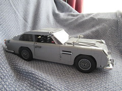 James Bond 007, Aston Martin DB5, Lego Creator (6) (f1jherbert) Tags: canonpowershotsx620hs canonpowershotsx620 canonpowershot sx620hs canonsx620 powershotsx620hs canon powershot sx620 hs sx 620 powershotsx620 powershoths jamesbond007 jamesbond astonmartindb5 astonmartin james bond 007 aston martin db5 lego legocreator creator