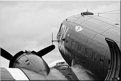 "C-47 N473DC ""Drag 'em Oot"" (OlivierBo35) Tags: caen cfr lfrkdaksovernormandy dc3 dakota douglas dday skytrain"
