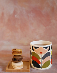 2019 Sydney: Coffee + Macarons (dominotic) Tags: 2019 3macarons yᑌᗰᗰy foodphotography coffee drink coffeeobsession meringue food sydney australia