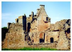 Brough Castle, Cumbria. (Paris-Roubaix) Tags: broughcastle cumbria penrith a66 englishlakedistrict ancientcastle
