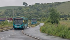 KX11 OSG, Arriva Volvo 3895 nearing Dunstable on the Luton-Dunstable Guided Busway, 10th. June 2019. (Crewcastrian) Tags: dunstable buses transport arriva busway volvo wright kx11osg 3895