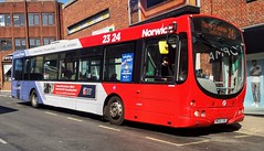 First Norwich 66850 is loading up on Rampant Horse Street while on route 24 to Thorpe St Andrew. - MX05 CHD - 1st April 2019 (Aaron Rhys Knight) Tags: firsteasterncounties firstnorwich 66850 mx05chd 2019 redline rampanthorsestreet norwich norfolk volvob7rle wrighteclipseurban
