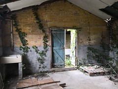 IMG_20190608_150711 (mookie427) Tags: urbex urban explore exploration exploring explorers explorer ue derelict dereliction abandoned abandonment decay decayed empty vacant property raf royal air force flixton base military