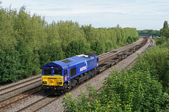 66005 01-06-19 (IanL2) Tags: dbcargo class66 66005 maritimeintermodalone oxford emd railways trains