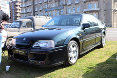 Vauxhall Lotus Carlton (Andrew 2.8i) Tags: classics meet show cars car classic weston westonsupermare gm generalmotors opel turbo saloon sedan sports sportscar carlton lotus vauxhall