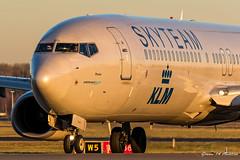 KLM B737 (Ramon Kok) Tags: 737 737900 ams avgeek avporn aircraft airline airlines airplane airport airways amsterdam amsterdamairportschiphol aviation b737 b739 blue boeing boeing737 boeing737900 eham holland kl klm koninklijkeluchtvaartmaatschappij phbxo royaldutchairlines schiphol schipholairport thenetherlands hoofddorp noordholland nederland