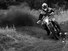 Schwarz-Weiß-Impressionen (Helmut44) Tags: deutschland germany sachsenanhalt sw motorsport motorrad motorcycle wettkampf match motocross einfarbig